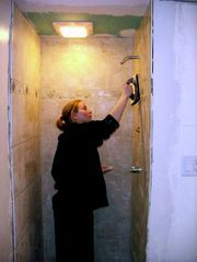 how to tile a shower :-)