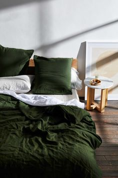 Shabby Chic Vintage Home Decor Searching for bed styling ideas? Use cool-toned linen to create a chic and relaxing bedroom. Our flax linen sheets in Olive will feed energy into any living space.