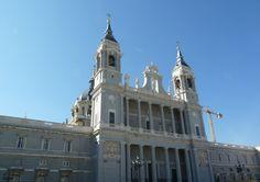 Romântica Madrid-La Almudena (1).jpg