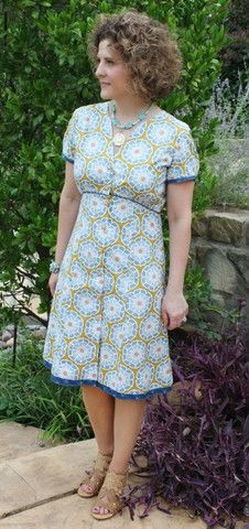 Serendipity Studio Isabella Dress Sewing Pattern – WeSewRetro