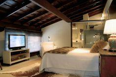 In diesem Ideenbuch werden euch atemberaubende Schlafzimmer vorgestellt, die sich im Dachgeschoss befinden und dadurch ganz besonders gemütlich sind.