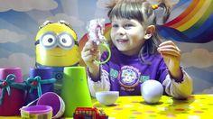 Сюрпризы в стаканчиках, играем вместе открываем сюрпризы видео для детй