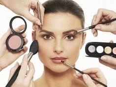 5 Beauty Things You Should Never Share - #makeup #makeuptip #beautytip - bellashoot iPhone & iPad app & bellashoot.com
