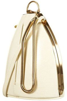 i saw another tear drop bag that was SUPER cute, but it was by ivanka trump and there's no way i'm giving her money.