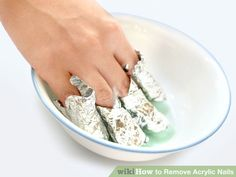 Acrylic nail tips removal