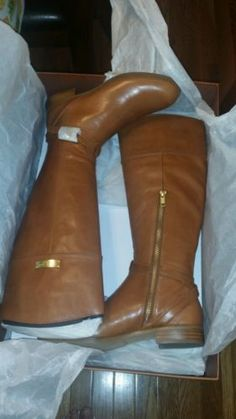 Brand new never been used Coach boots Micha Calf Cinnamon size 6