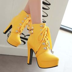 Female Winter Platform Square High Heel Ankle Boots Women Fashion Lace Up Round Toe Shoes Black Yellow White Brown Lace Up Ankle Boots, High Heel Boots, Lace Up Shoes, Cute Shoes, Pretty Shoes, Heeled Boots, Shoe Boots, Buckle Boots, Ankle Booties
