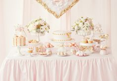 Sweet pink party deco.