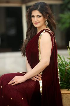 Zarine Khan Maroon Velvet Bollywood Style Indian bridal Saree by shaliniboutique on Etsy Bollywood Celebrities, Bollywood Fashion, Bollywood Style, Bollywood Bridal, Saree Fashion, Bollywood Cinema, Indian Bollywood, Muslim Fashion, Hindi Actress