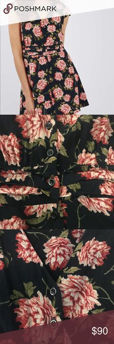 "NWT TOPSHOP Floral Tea Dress 🌸 Pink floral print on dark blue (""midnight blue"") fabric  🌸 Never worn, still sealed in dress bag (size 6 was photographed) 🌸 Size 4 🌸 Button up detail Topshop Dresses"
