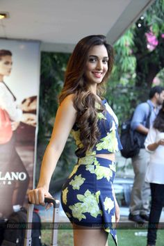 Kiara Advani at the launch of Da Milano's Spring Summer Collection 2015 Most Beautiful Bollywood Actress, Bollywood Actress Hot Photos, Indian Bollywood Actress, Bollywood Girls, Bollywood Fashion, Bollywood Bikini, Indian Actress Hot Pics, Indian Actresses, Sexy Outfits