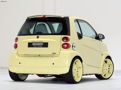 Cars in studio Benz Smart, Smart Car, Smart Brabus, Smart Fortwo, Maybach, Electric Cars, My Ride, Car Ins, Custom Cars