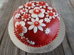 Taartje voor Twee Valentijn Cake, Desserts, Food, Tailgate Desserts, Deserts, Kuchen, Essen, Postres, Meals