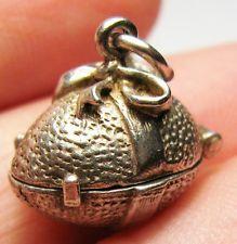 Vintage Sterling Silver NUVO OPENING EASTER EGG 3/D Bracelet Charm  3.2g