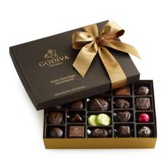 Godiva® 27 Piece Dark Chocolate Gift Box | Bloomingdale's
