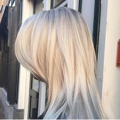Scandinavian blonde hair by Djamiela @ Salon B, Haarlem #salonbnl #olaplex #wellahair #haarlem #blondehair