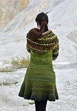 Kabáty - Kabátik Miss Green - Crochet Coat, Crochet Clothes, Crochet Stitches, Crochet Patterns, Miss Green, Head Wrap Scarf, Knitting Designs, Shawls And Wraps, Womens Scarves