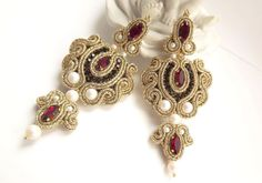 Red black gold long soutache earrings with от JaneEJewelry на Etsy
