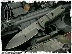 Kingdom Armory Custom: 2nd Legion Fixed Blade