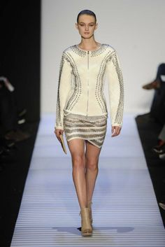 Hervé Léger by Max Azria RTW Fall 2014 - Slideshow - Runway, Fashion Week, Fashion Shows, Reviews and Fashion Images - WWD.com