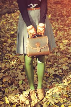 green tights + leather bow gloves
