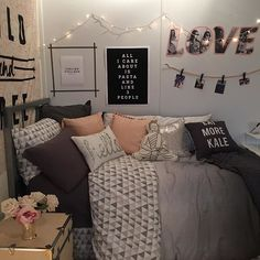 Dorm room decorating tips dorm decor fresh best dorm images on bedroom com college dorm room . dorm room decorating tips dorm college Cute Dorm Rooms, College Dorm Rooms, College Bedding, College House, College Life, Dream Rooms, Dream Bedroom, Uni Bedroom, Pretty Bedroom