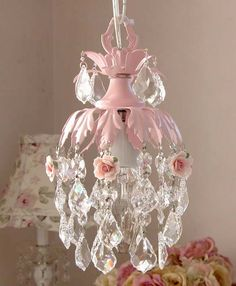 I totally want this in my little girls room!