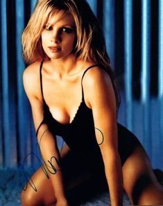 Find Monica Potter Signed Autographed 8x10 Photo Con Air Par and more at collectors.com Boston Legal, Melanie Laurent, Girl M, Everything And Nothing, Celebs, Female Celebrities, Vintage Ladies, Sexy, Royals