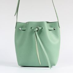 【Genchuan hand-made】 DIY sets of minimalist small bucket bag leather hand to do a simple seam series (pieces with punch) PKIT limited special color small fresh lake water green - harrylai - DIY Kits Lake Water, Diy Kits, Bucket Bag, Minimalist, Handmade, Leather, Bags, Color