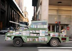 Raul lemesoff turns a ford falcon into a tank-shaped traveling library. A traveling library that tours argentina in the shape of a tank. Ford Falcon, Mobile Library, Little Library, Hope For The Future, Old Fords, Creative People, Free Books, Vehicles, Library Ideas