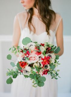 Hello beautiful bouquet: http://www.stylemepretty.com/2015/01/20/greg-finck-photography-a-discount/ | Photography: Greg Finck - http://www.gregfinck.com/