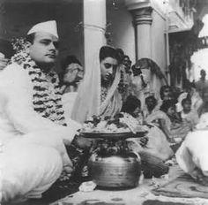 feroz-indhira Indira Gandhi, Rare Photos, Vintage Photos, Freedom Fighters Of India, History Of Pakistan, First Prime Minister, Jawaharlal Nehru, Rajiv Gandhi, Mahatma Gandhi