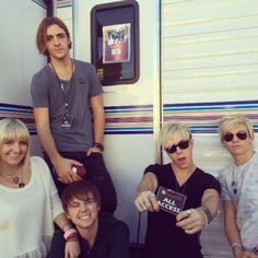 Pics And Videos: R5 At The Citadel Outlets Tree Lighting Ceremony November 9, 2013