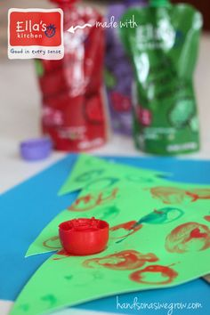 Decorate a Christmas Tree with Ella's Kitchen Baby Food Pouch Caps Wise [hands on : as we grow] Christmas Activities For Kids, Christmas Makes, Craft Activities For Kids, Christmas Crafts For Kids, Simple Christmas, Holiday Crafts, Christmas Holidays, Xmas, Preschool Christmas