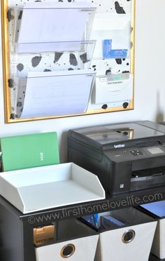 Learn how to set up a mail and bill payment center in your home. Keep track of your bills, and control the paper clutter for good! #diy #org...