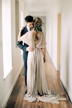 This inspiration is a dream: http://www.stylemepretty.com/2015/05/04/part-ii-organic-minimal-wedding-inspiration/ | Photography: Megan Robinson - http://www.meganrobinsonblog.com/