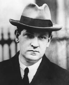 Sara& Michael Collins Site - A Grisly Business Michael Collins, Irish Republican Brotherhood, The Ira, Famous Faces, Revolutionaries, Business, School, Easter, History