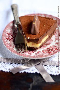 Torta Gianduiotto di Guido Castagna, un insieme dei sapori delicato e ben bilanciato con il gusto intenso del cioccolato alla gianduia e delle nocciole