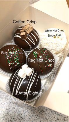 Hot Chocolate Gifts, Hot Chocolate Bars, Chocolate Hearts, Hot Chocolate Recipes, Chocolate Coffee, Chocolate Dipped, Chocolate Lovers, Bombe Recipe, Hot Cocoa Bar