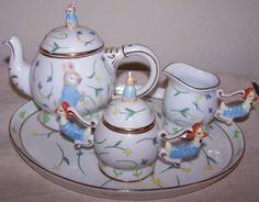 Royal Danube Peter Rabbit Miniature Child's Tea Set