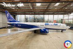 Boeing 737-800 (YR-BMP) Blue Air va opera un lowpass la BIAS 2018 Blue Air, Valencia, Opera, Aircraft, Mai, Airplane, Photos, Plane, Aviation