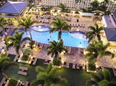 Embassy Suites Waikiki Beach Walk: Pool Area. Amazing hotel, we had such a wonderful time!