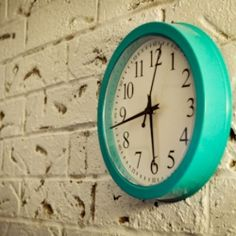 Turquoise retro clock-love this colour