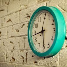Turquoise retro clock