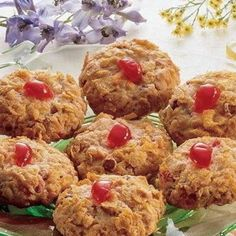 Cherry Winks AKA best cookies ever! Gourmet Food Gifts, Gourmet Recipes, Healthy Recipes, Cherry Winks Cookie Recipe, Cookie Desserts, Cookie Recipes, Dessert Recipes, Food Gift Baskets, Corn Flakes