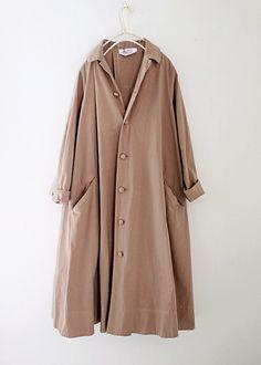 라르니에 정원 LARNIE Vintage&Zakka - - Tesettür Hırka Modelleri 2020 - Tesettür Modelleri ve Modası 2019 ve 2020 Workwear Fashion, Abaya Fashion, Modest Fashion, Fashion Outfits, Mens Wool Coats, Long Wool Coat, Coats For Women, Jackets For Women, Short Trench Coat