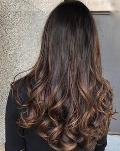 37 Gorgeous Hair Color Ideas That Actually Work For You , brown hair ,balayage ,… - All For Hair Color Balayage Brown Hair Balayage, Hair Color Balayage, Hair Highlights, Ombre Sombre, Bayalage, Curly Hair Cuts, Curly Hair Styles, Short Hair, Cabelo Ombre Hair