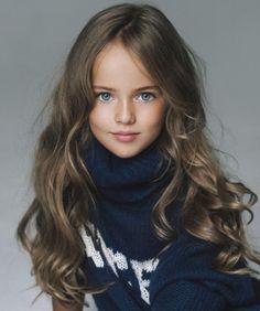 """La nota titulada """"La niña más bella del mundo"""" ha recibido más de cien mil visitas en dos días, se llama Kristina Pimenova y es moscovita. Modela desde los tres años, a los siete apareció en la por…"""
