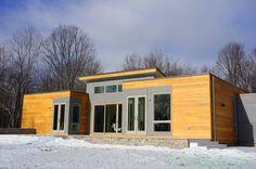PHOTOS: Blu Homes Opens East Coast's First Prefab Breezehouse ...
