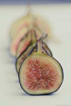 Sliced Figs | Flickr : partage de photos !